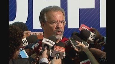 Ministro da Defesa fala sobre atuação do Exército nos presídios - Medida ocorre após massacre de presos no Amazonas