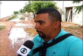 Chuva causa transtornos em Juazeiro do Norte - Ruas ficaram alagadas e a água entrou nas casas.