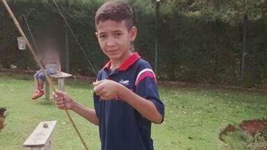 Estudante que cortou pescoço em linha com cerol morre em Ribeirão Preto - O adolescente ficou cinco dias internado, mas não resistiu aos ferimentos e morreu na noite de quinta-feira (12).