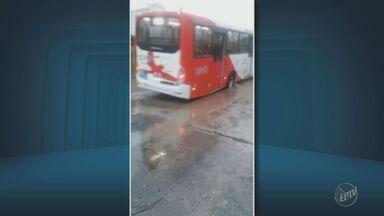 Buracos causam transtornos para moradores do Jardim Florence II, em Campinas - Com a chuva a situação se intensificou.