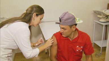Avanço da febre amarela em MG faz aumentar procura por vacinas e repelentes - Avanço da febre amarela em MG faz aumentar procura por vacinas e repelentes