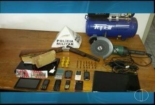 PM encontra maconha em uma casa em Montes Claros após denúncia - Além da droga, militares acharam vários produtos, possivelmente roubados.
