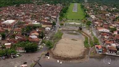 Globocop refaz trajeto do avião na chegada ao aeroporto de Paraty - Aeroporto de Paraty não tem auxílio para aproximação. Mau tempo e chuva prejudicam a visibilidade do piloto.