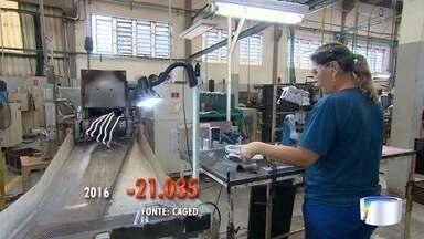 Indústria é um dos setores com mais queda no emprego em 2016 - Setor fechou seis mil vagas na região.
