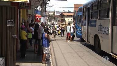 Rodoviários desistem de retomar circulação no fim de linha do bairro do Pau Miúdo - Medida foi adotada por motivo de segurança, já que na última quinta-feira (19) um coletivo foi incendiado na região.