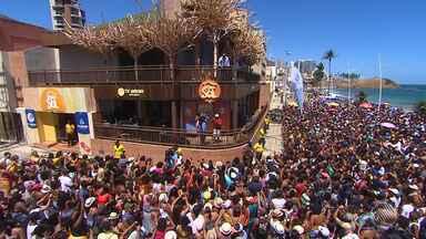 Pablo e Anitta atraem multidão para a Casa do Sol, na orla da Barra - Espaço da Rede Bahia neste verão está recebendo programação especial da Tv Bahia.