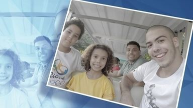 Semelhança de filhos com Ronaldo Fenômeno impressiona na internet - A foto do ex-jogador com Ronald, Alex, Maria Alice e Maria Sofia mostra que eles são a cara do pai. A ciência explica o resultado da mistura de pai e mãe.