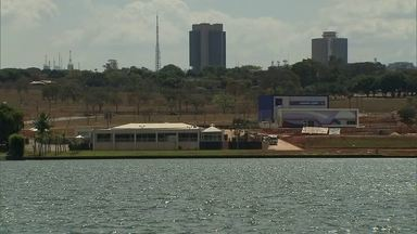 Caesb dá mais detalhes sobre projeto da balsa para captar água do Lago Paranoá - O planejamento deve ser entregue ao Ministério da Integração Nacional em dois dias.