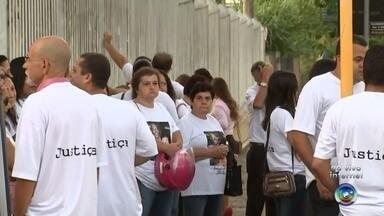 Julgamento de homens acusados de matar casal em 2014 acontece hoje em Araçatuba - Está marcado para a manhã desta quarta-feira (8), em Araçatuba (SP), o julgamento de dois homens acusados de matar um casal em 2014.