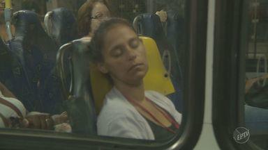 Especialista explica efeitos do horário de verão no sono - Segundo neurologista, o corpo demora de dois a três dias para se adaptar ao horário de verão (e ao término dele).