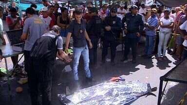 Homem é assassinado com golpes de faca após discussão em Aracaju - Homem é assassinado com golpes de faca após discussão em Aracaju.