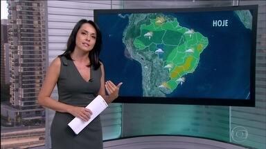 Veja a previsão do tempo para todo o país nesta quarta-feira (15) - As temperaturas devem disparar no Rio de Janeiro, São Paulo, Porto Alegre, Manaus, Salvador, Florianópolis, Palmas, São Luís e Natal. Previsão de chuva na Região Norte e em Mato Grosso.