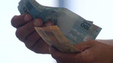 Economista dá dica de como investir o dinheiro do FGTS inativo - Quitar as dívidas é a primeira opção.