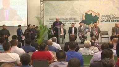 Novos prefeitos do AM se reuniram pra discutir problemas do interior - Cheia dos rios foi um dos assuntos.