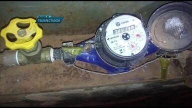 Moradores do Gama reclamam que estão sem água desde quinta-feira (16) - Os moradores do Gama reclamam da falta de abastecimento de água.