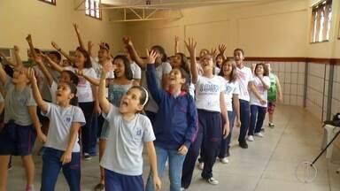 Inscrições estão abertas para o grupo 'Dó, ré, mi' em Petrópolis, no RJ - Assista a seguir.