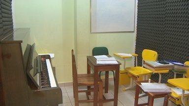 No AP, alunos da escola de música Walkíria Lima têm até o dia 22 para fazer a rematrícula - Sem a rematrícula, alunos podem perder a vaga.