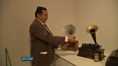 Exposição Arquivo Nirez apresenta peças raras que contam história de Fortaleza - Acervo está exposto na Caixa Cultural de 17 de fevereiro a 16 de abril, de terça a domingo.