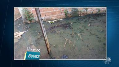 Telespectadora reclama de situação de casa abandonada em Lauro de Freitas - Veja no Você no BMD. Envie sua denúncia para bmd@redebahia.com.br ou pelo WhatsApp, através do número (71) 9 9967-0886.