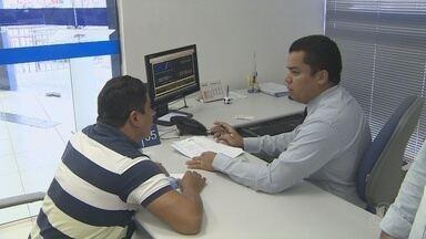Agências da Caixa ampliam atendimento aos sábados - objetivo é atender pessoas com dúvidas sobre FGTS.