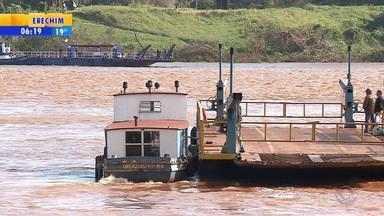 Travessia de balsa na fronteira com a Argentina tem mudança de horário - Confira os horários.