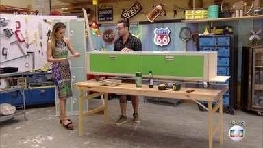Fábio Basso ensina a transformar armário de vestiário em rack de TV - Aprenda como fazer com o desiner
