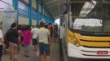 Nova tarifa de ônibus entrou em vigor neste sábado (25), em Manaus - Passageiros reclamaram devido falta de troco.