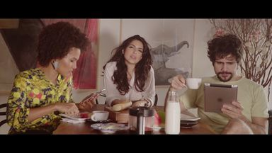 """Confira um trecho do clipe """"Só eu e você"""", de Illy Gouveia - Confira um trecho do clipe """"Só eu e você"""", de Illy Gouveia"""