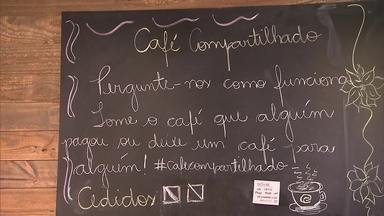 Conheça as principais dicas para escolher o melhor café na hora da compra - Saiba também como preparar um cafezinho ainda mais gostoso e descubra o que tem dentro de um trio elétrico.