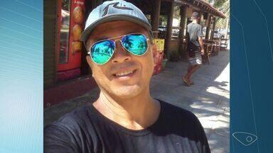Garçom é morto por colega de trabalho na Curva da Jurema - Júlio César Lima tinha 47 anos e há dois trabalhava como garçom.Suspeito deu uma facada na vítima e fugiu.