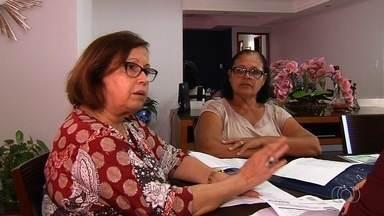 Mulher luta para receber auxílio-doença do INSS durante um tratamento contra um câncer - Ela afirma que não consegue trazer o benefício.