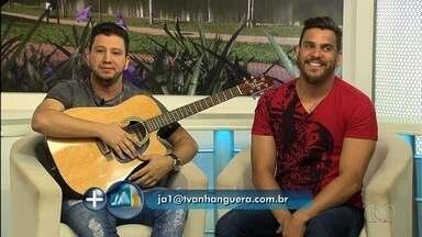 Cleber e Cauan participam do Jornal Anhanguera 1ª Edição - Eles se apresentam nesta noite em uma boate da capital.