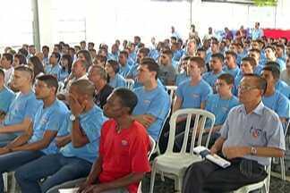 Unidades do Senai de Mogi das Cruzes e Suzano atenderam público neste sábado (4) - Ação orientou sobre sinal digital.