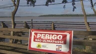 Deck da Estrada de Ferro em Porto Velho continua interditado - Continua interditado o deck da Praça da Estrada de Ferro Madeira Mamoré. A prefeitura alega que ainda está em fase de elaboração de um projeto de reforma.