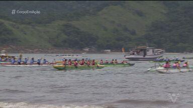 Santos promove 14ª Volta à Ilha de Santo Amaro - Dezenas de equipes de canoas havaianas percorreram neste sábado (4) um percurso de 75 km.
