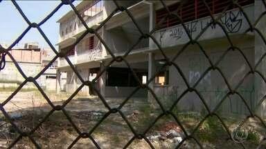 Obras em quatro unidades de ensino no Grajaú estão inacabadas - As unidades de ensino começaram a ser construídas há pelo menos um ano e meio. Enquanto isso, as crianças ficam sem estudar.