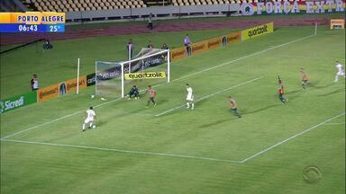 Inter goleia Sampaio Corrêa e fica perto da vaga - Veja os gols.