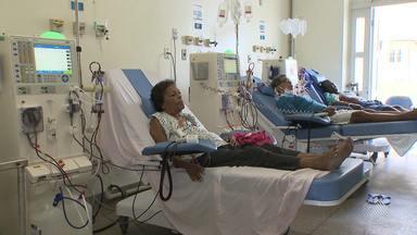 Número de doentes renais crônicos aumenta e clínicas ligadas ao SUS deixam de atender - Confira na reportagem de Andrea Silva.