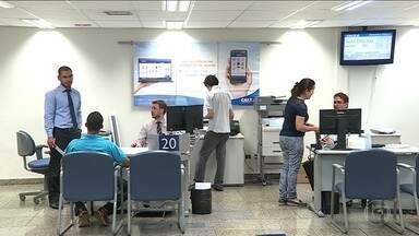 Começa na sexta-feira (10) pagamento das contas inativas do FGTS - Contribuintes que nasceram em janeiro e fevereiro poderão receber. Para sacar, é preciso ir a uma agência da Caixa ou lotérica.