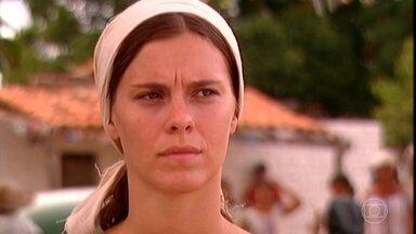Senhora do Destino - Capítulo de segunda-feira, 13/03/2017, na íntegra - Maria do Carmo decide se mudar para o Rio de Janeiro