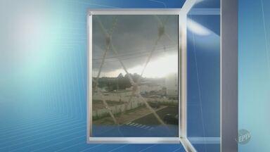 'Na Janela': telespectadora registra nuvens carregadas em Piracicaba - Registro foi feito na segunda-feira (13).