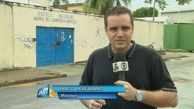 Escola municipal é invadida e furtada em Manaus - Criminosos levaram até merenda escolar, diz polícia.