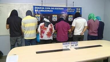Quadrilha é presa suspeita de desviar dinheiro de loja de eletrodomésticos, em Manaus - Grupo teria roubado cerca de R$ 1 milhão.