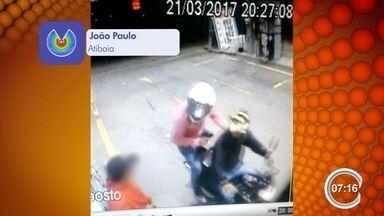 Dois são presos após assaltarem quatro postos de combustíveis em menos de 1h30 - Crimes aconteceram na região de Bragança Paulista.