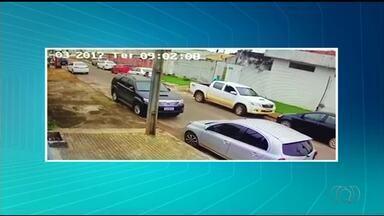 Criminosos fazem motorista refém para roubar camionete em Araguaína - Criminosos fazem motorista refém para roubar camionete em Araguaína