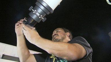 Observadores brasileiros registram chuvas de meteoros - O Brasil está na rota da astronomia internacional. Pela primeira vez, observadores brasileiros registraram chuvas de meteoros e um deles é do Distrito Federal.