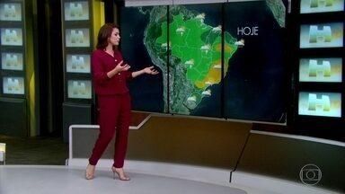 Veja a previsão do tempo para quinta-feira (23) - Em Cuiabá, a temperatura deve chegar aos 33ºC e tem previsão de pancadas de chuva. Entre o Pará e Rio Grande do Norte, alerta de risco para inundação e até deslizamento de terra. No Sudeste, tempo firme em quase toda região.