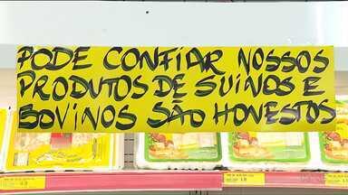 Pesquisadora fala sobre os cuidados na hora de comprar carne - Muita gente está com dúvidas quando vai comprar o produto depois da Operação Carne Fraca.