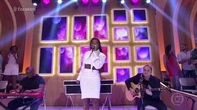 Ludmilla canta 'É Bom' - Cantora abre o 'Encontro' com música