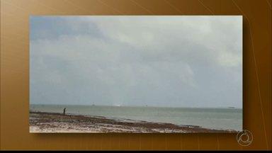 Telespectador flagra tromba d'água em Cabedelo, litoral da Paraíba - Meteorologista explica como o fenômeno se forma.